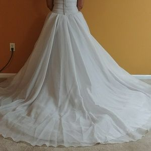 Vera Wang wedding dress,